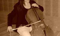La música, un billete de ida a la emigración
