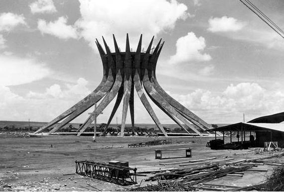 Catedral de Brasilia en Construcción