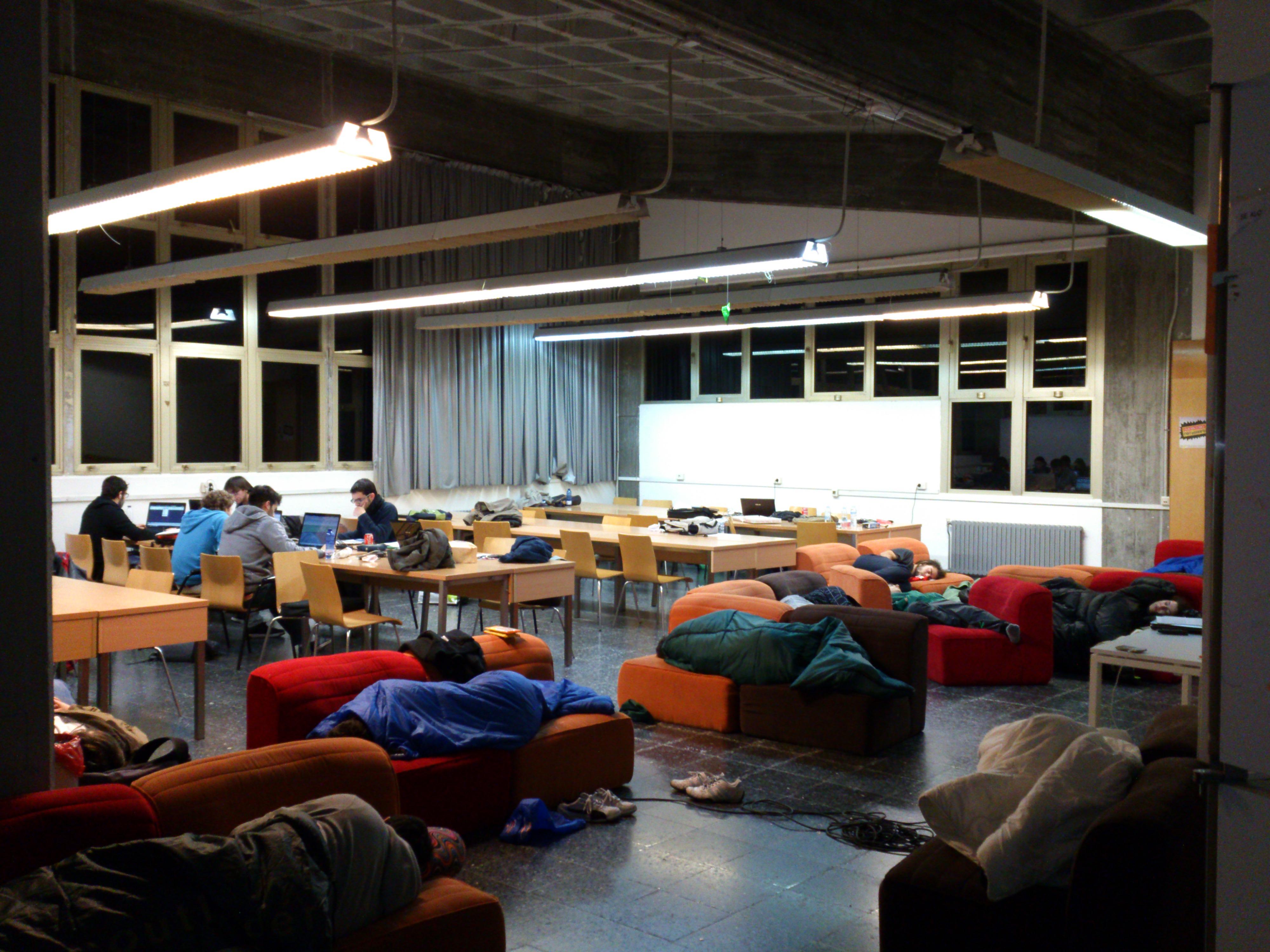6:30 de la mañana, muchos intentan descansar