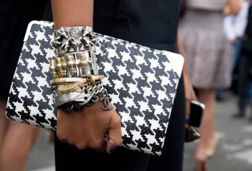 10. Houndstooth-cluth-street-style desdeelfrontrow.blogspot.com