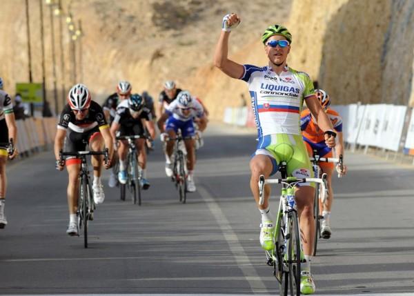 Sagan vencendo en Omán. Foto: bycycling.com