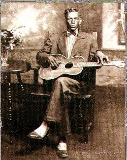 Única fotografía conservada de Patton, da cal se discute a súa autenticidade