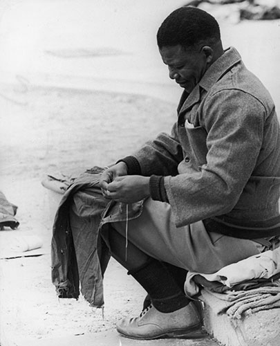 1966. robben island.cosendo.the guardian