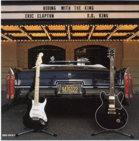La Stratocaster de Eric Clapton a la izquierda y la Gibson Lucille de B.B. King a la derecha. La imagen es una foto promocional del trabajo editado por ambos artistas.