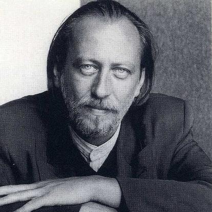 Fotografía de Horst Tappe.László Krasznahorkai no se mira en el espejo. En el mundo de Krasznahorkai no hay espejos.