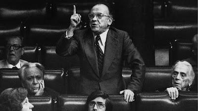 Santiago Carrillo, no Congreso dos Deputados(Fonte: etb.com)