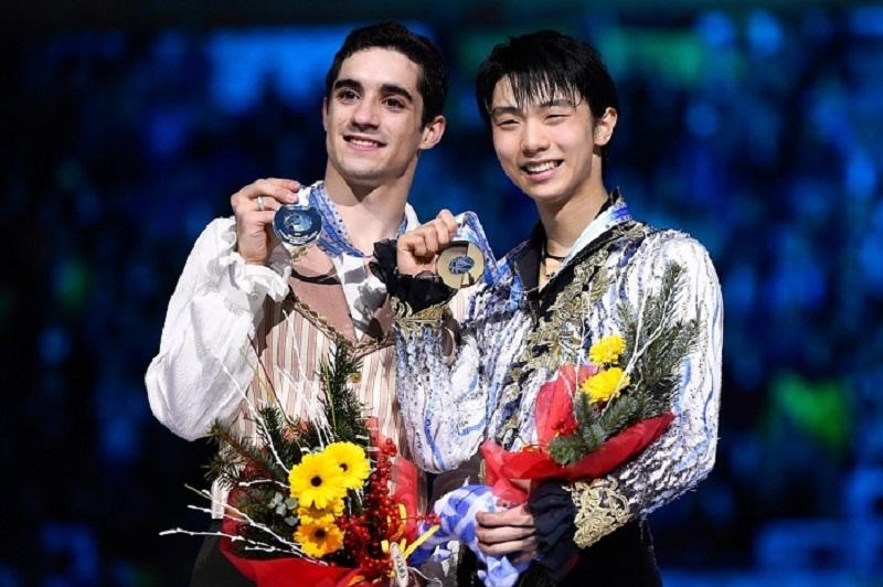 Javier Fernández y Yuzuru Hanyu en la entrega de premios   Fuente: David Ramos / Getty Images Europe