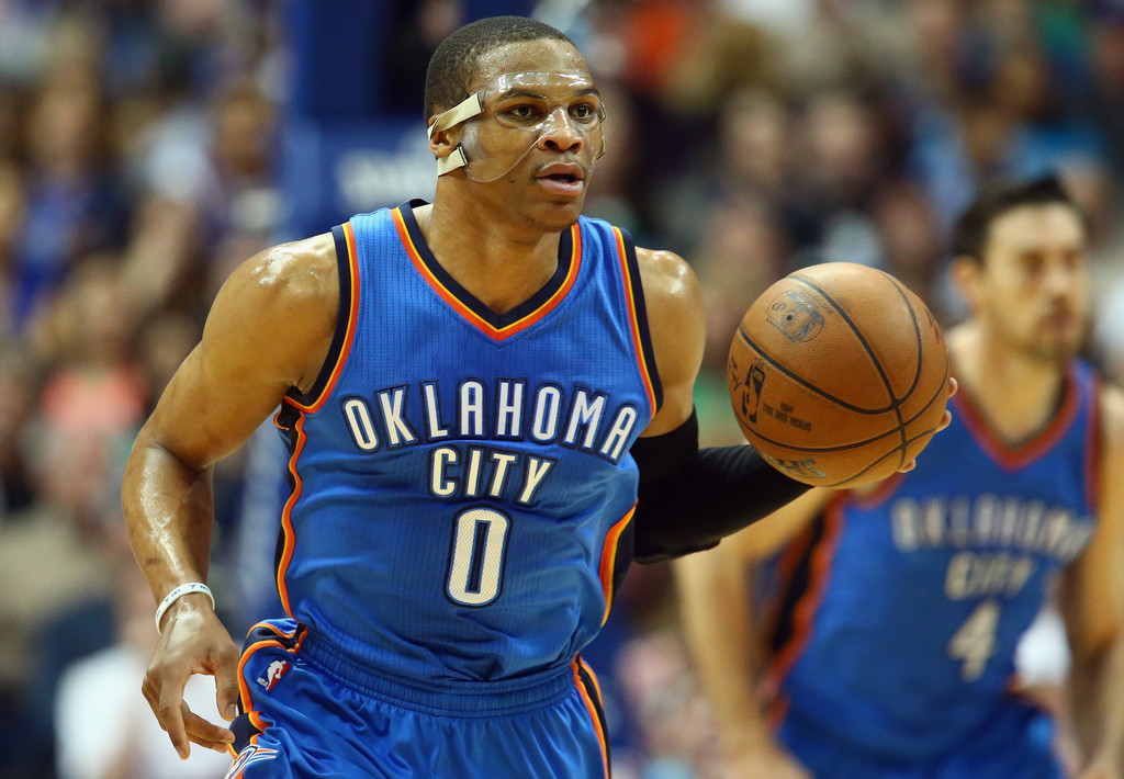 Si Oklahoma entra en playoffs es gracias a las actuaciones sobrenaturales de Westbrook | Fuente: Ronald Martínez, Getty Images