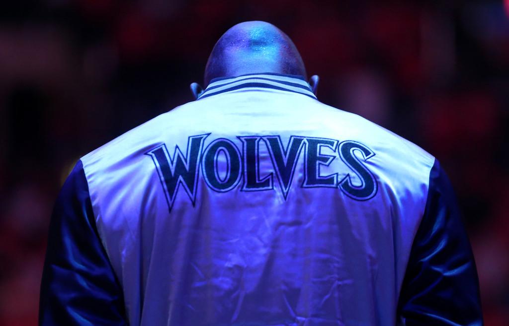 Los Timberwolves intentan compartir la experiencia de Kevin Garnett con sus jóvenes promesas | Fuente: Stephen Dunn, Getty Images