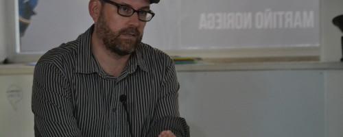 Compostela Aberta, primeira asemblea trala vitoria