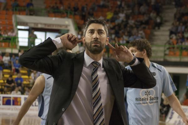 Lisardo Gómez también arengó a su público al término del encuentro.