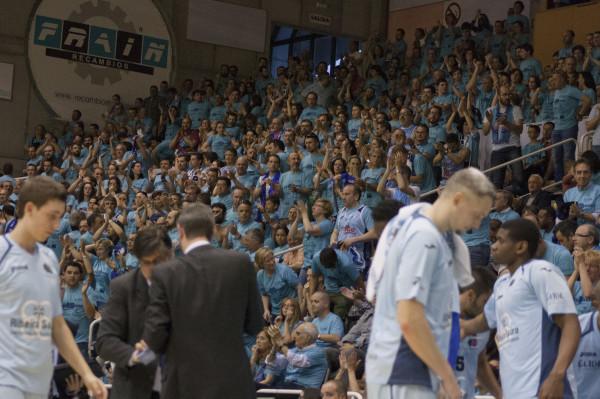 El Pazo Universitario fue una fiesta. Ponían el 1-2 para una serie que se presentaba más igualada que nunca. Todo era posible, pero los de Lugo lo tenían más cerca.