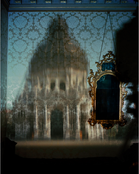 Abelardo Morell, Blurry Upright Camera Obscura: Santa Maria Della Salute With Scaffolding in Palazzo Bedroom (2007) | http://www.abelardomorell.net/