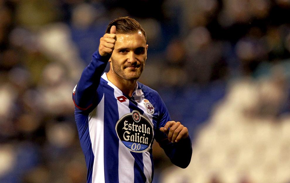 Lucas Pérez durante un partido. Imagen sacada de marca.com