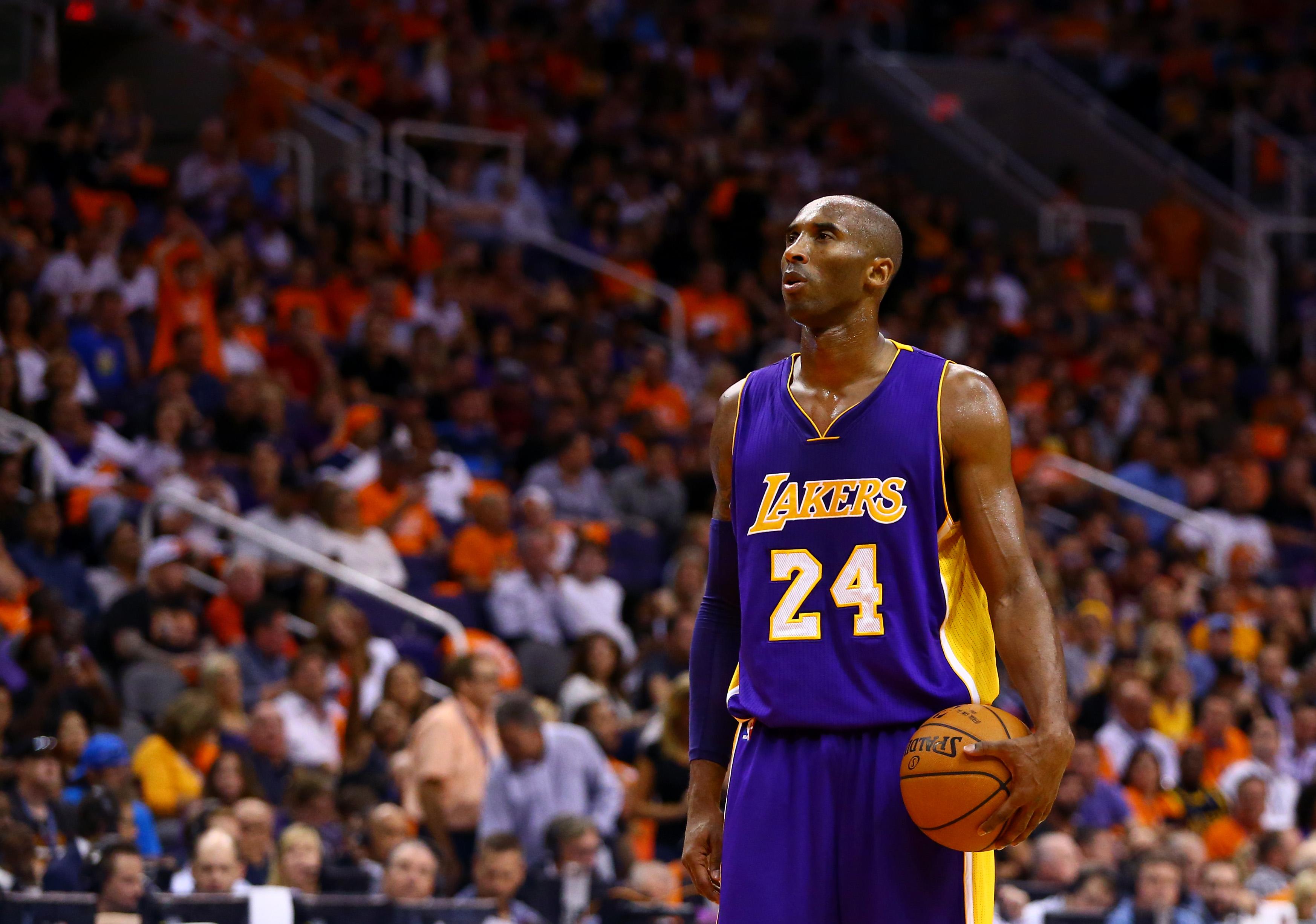 Kobe vistiendo el uniforme de sus sueños, el uniforme que defendió durante toda su carrera | ©Mark J. Rebilas / USA TODAY Sports