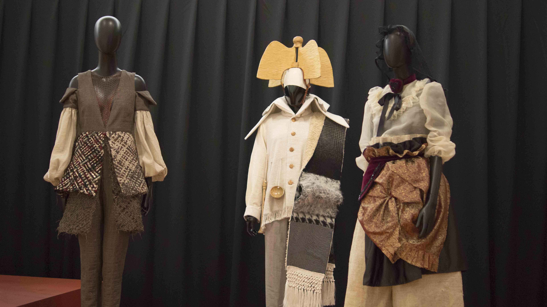 Recreaciones de vestimentas tradicionales de la mano de jóvenes diseñadores gallegos   ©Ada Seoane ©