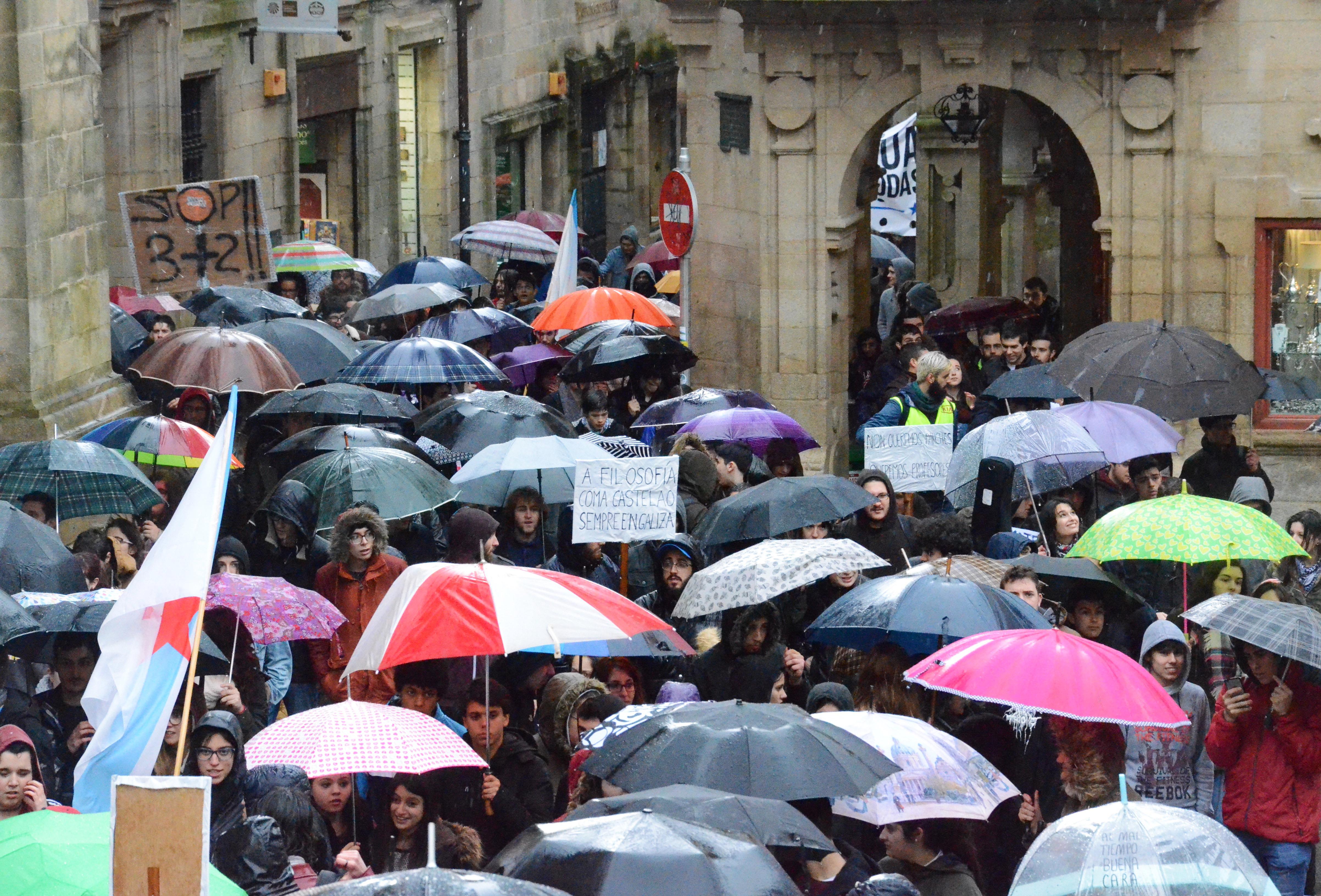 A choiva non foi un impedimento para os manifestantes | ©Carla Serrano