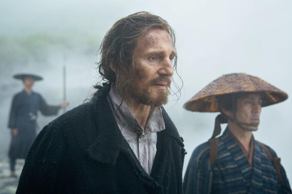 Las breves apariciones de Liam Neeson absorben por completo al espectador.