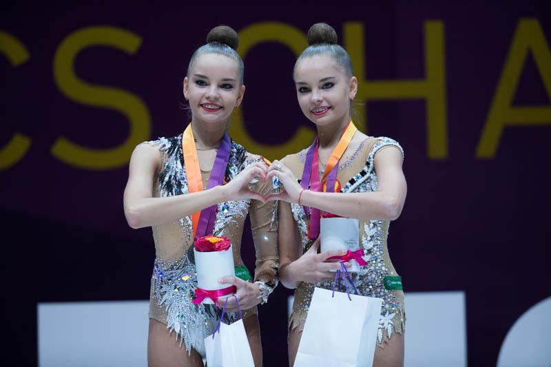 Las gemelas Averina, líderes de la rítmica actual | ©rgbudapest.hu