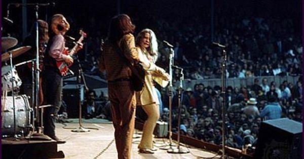 Janis Joplin y su grupo los Big Brother and The Holding Company en su actuación en Monterey ©D.A. Pennebaker