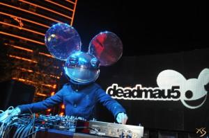 """Deadmau5 en directo. Imaxe de """"Xlasvegasblog"""""""