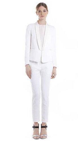 traje blanco sandro