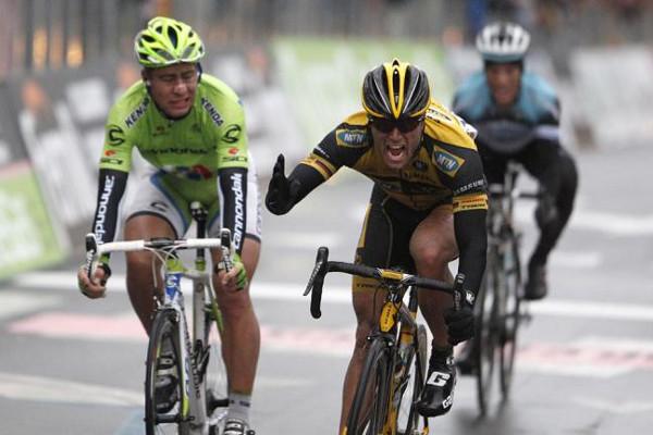 Ciolek batendo a Sagan en San Remo.