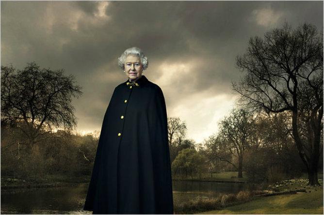 La Reina Isabell II de Inglaterra.  © Annie Leibovitz
