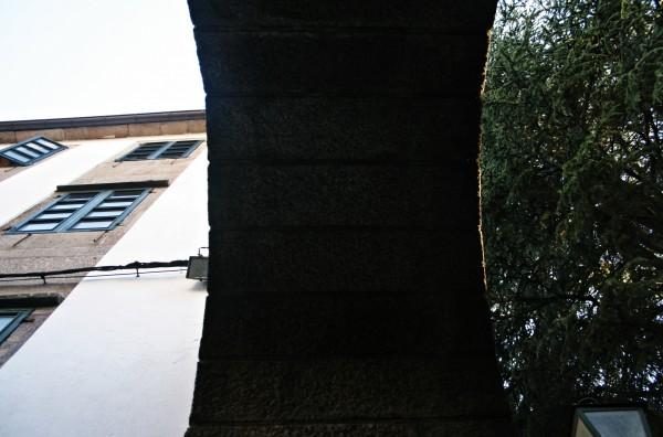 Arco que dá paso á rúa do Medio| ©Sara Yáñez