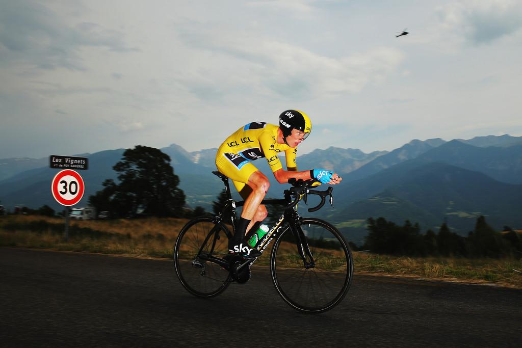 Chris Froome na contrarreloxo da 17ª etapa con final en Chorges / Fonte: zimbio.com