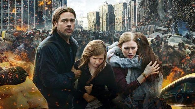 Brad Pitt y familia en un momento de agobio | teinteresa.es