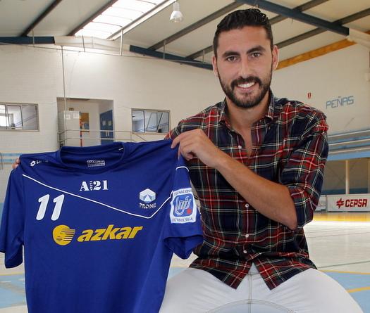 Presentación de Chano, o que debe ser o goleador do Azkar   @El Progreso