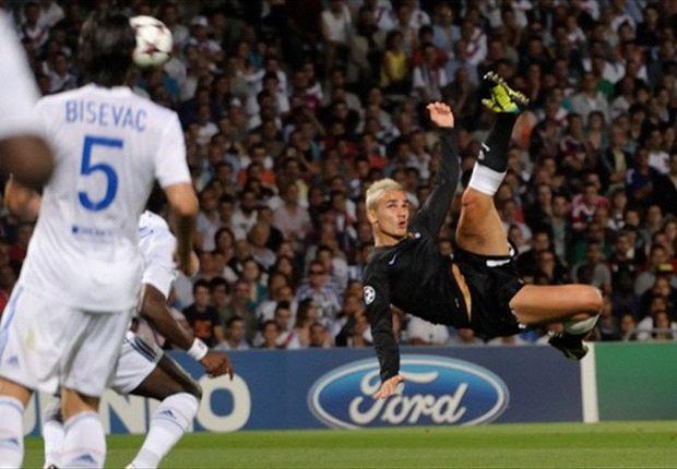 Griezmann anotando uno de los tantos realistas en la ronda previa contra el Lyon | Fuente: goal.com