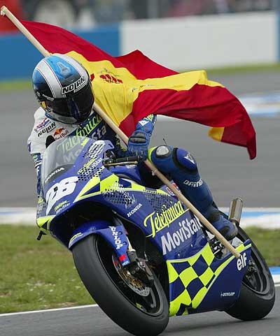Dani Pedrosa celebrando el título 250cc  Foto: Reuters
