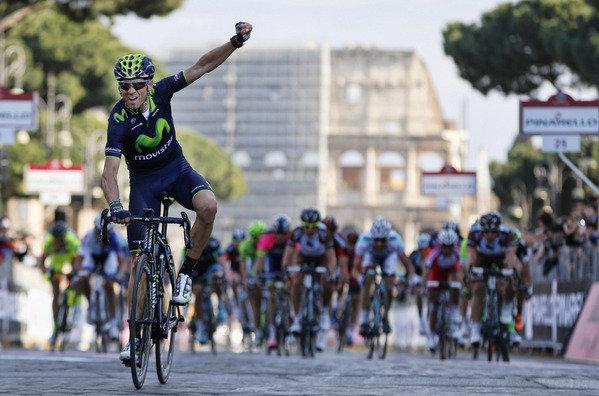 Valverde celebra a súa vitoria na Roma-Máxima