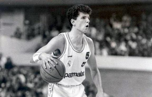 Petrovic durante a mítica final de Copa do 89 - Apuestas Basket