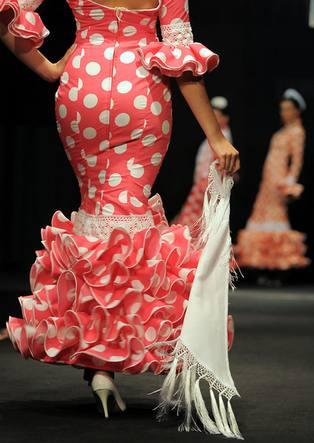 Diseño de Mercedes Dobenal en la Expo Flamenca Jerez 2009 | ©La Voz Digital