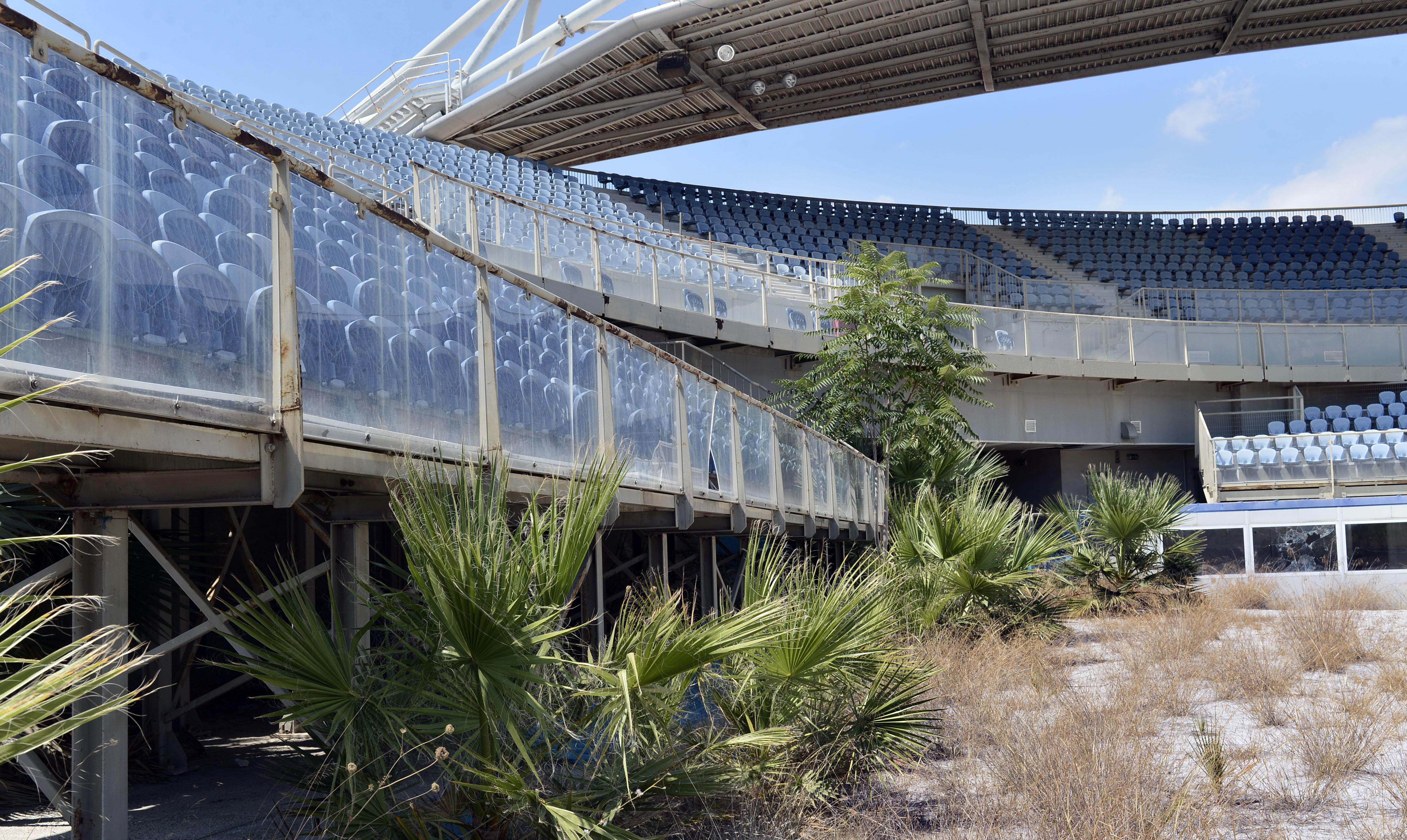 Algunas instalaciones no han sido utilizadas desde los Juegos. La vegetación se ha apoderado de ellas. | Fuente: Milos Bicanski, Getty Images.