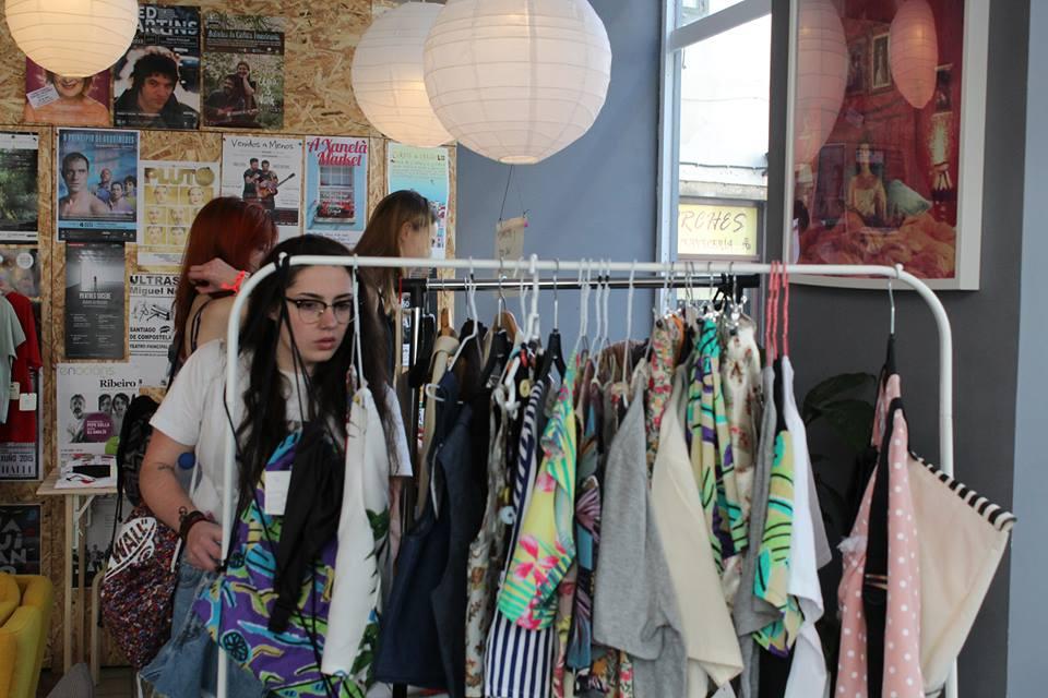 Los asistentes pudieron disfrutar de prendas exclusivas en el Market. | Fuente: Julián Betancourt  ©