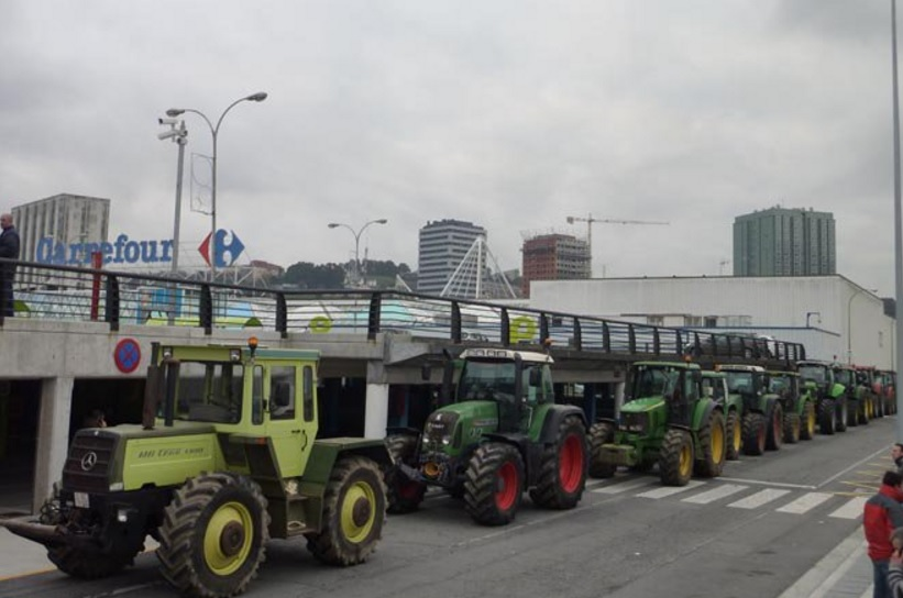 Tractorada Carrefour Coruña