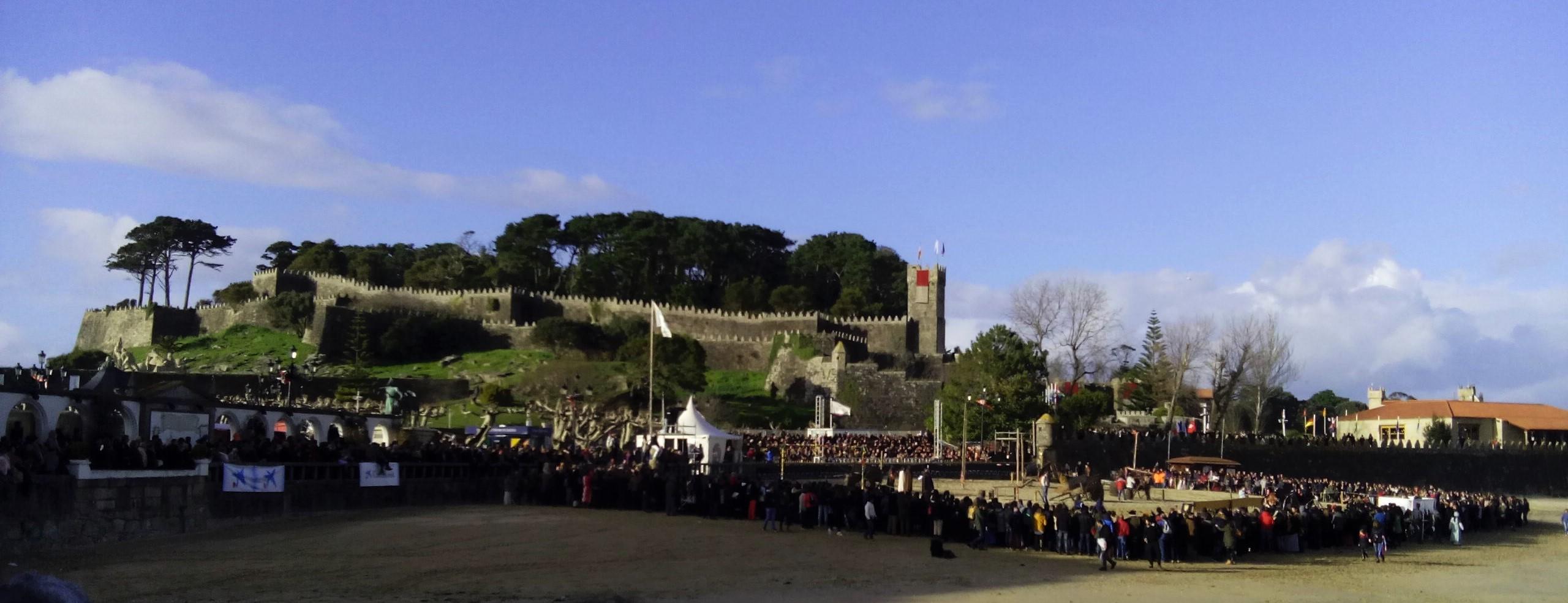 Celebración del Torneo Medieval a pie del Castillo de Monterreal © Lucía P. Álvarez