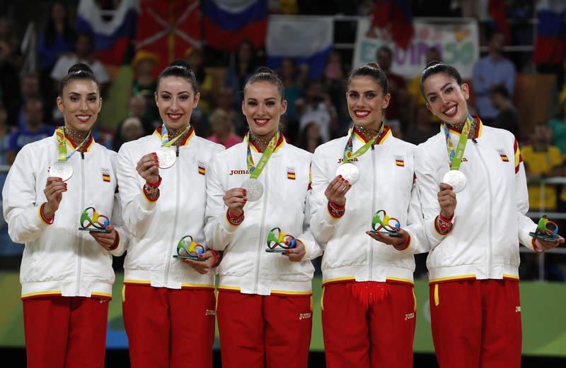 El equipo de rítmica se llevó una plata de Río | ©Birria