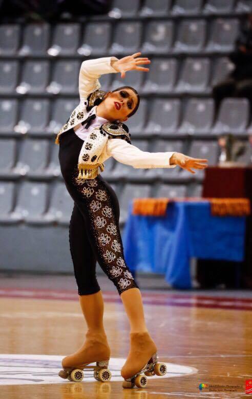 La santiaguesa Nuria Rives, durante una de sus actuaciones | ©Federación Española de Patinaje